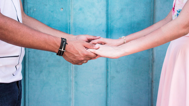 【体験談】同棲にかかった初期費用と生活費|新居への引越しで必要な物